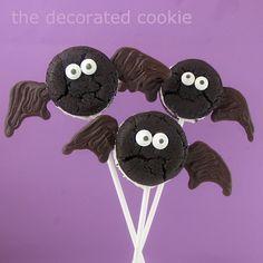 Way too easy Oreo Cakester bat & spider pops