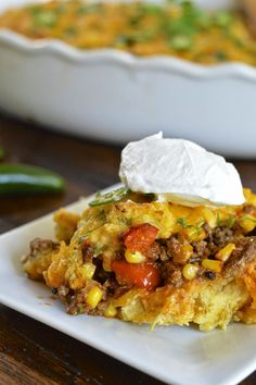 Easy tamale pie with a hearty beef filling, creamy cornmeal crust and a touch of spice #glutenfree #comfortfoodfeast