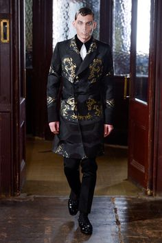 Alexander McQueen Fall 2013 Menswear
