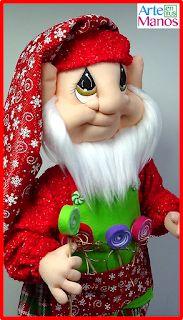 Christmas Decorations, Disney Princess, Color, Diy, Faeries, Baby Dolls, Gnomes, Elves, Red Felt