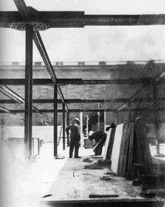 Mies van der Rohe. Barcelona Pavilion construction