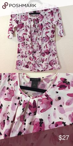 Floral polyester blouse swoop neck Smoke free home! Great deal! So pretty and stylish!!! This is a beautiful piece you can wear anywhere, school, work, office, interview, party, or casual!   Feel free to make an offer and check out my other items for bundling products for a better deal!!! Ann Taylor Tops Blouses