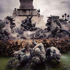 2015-08-08 #France #Aquitaine #Gironde #Bordeaux #Quinconces Monument aux Girondins #travel #architecture #sculpture #patrimony #cityscape #urban #tourist #streetphotography #iphone #gaelic69 (à Place des Quinconces)