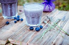 Lavender & Blueberry Slow Down Smoothie Yummy Smoothies, Juice Smoothie, Breakfast Smoothies, Lavender Recipes, Hd Cool Wallpapers, Healthy Mind And Body, Nutribullet Recipes, Raw Cacao, Unsweetened Almond Milk