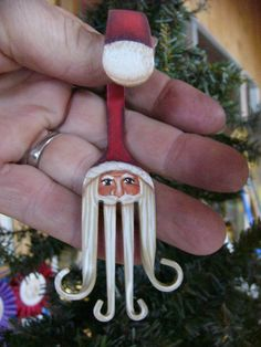 4 Curly Fork Santa Claus Painted Christmas Ornament par SantaHeaven