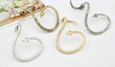 jewelry earrings Life Styles, Cuff Earrings, Girls Earrings, Beauty Women, Gold Rings, Women Jewelry, Women Wear, Rose Gold, Bracelets