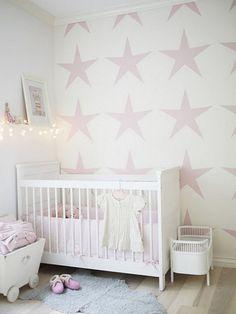 niedliche Einrichtung-Babyzimmer