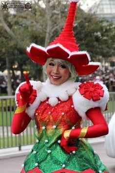 """Disney's Santa Village Parade"" Tokyo Disneyland"
