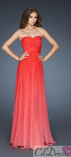 This dress is so gorgeous!!! I love the color and the flowyness!!!