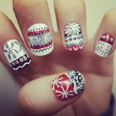 Aztec print nails wow perfect for Christmas and winter ! Red black white nails nail art teen fashion