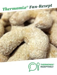 Vanilla crescents-Vanillekipferl Vanilla biscuits from Schirmle. A Thermomix ® recipe from the category baking sweet www.de, the Thermomix ® community. Vanilla Biscuits, 7up Pound Cake, German Cookies, Cake Recipes From Scratch, Food Cakes, Chocolate Recipes, Food Processor Recipes, Food And Drink, Yummy Food