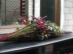 http://www.geelpunt.be/Fotos-KVLV-bloemschikken-Kerst-2010/DSCN8452.JPG