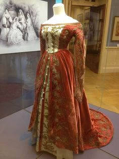 Court dress, 2nd half of the 19th century. Tsaritsyno.