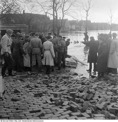 Watersnood 1953 's-Gravendeel (jaartal: 1950 tot 1960) - Foto's SERC