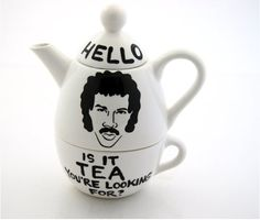 lionel ritchie teapot and cup