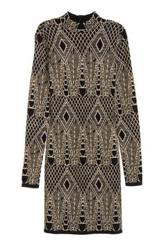 Glittery dress: Short, jacquard-knit dress with a pattern in glittery thread, long sleeves, a turtle neck and a cut-out section at the back with buttons at the back of the neck.