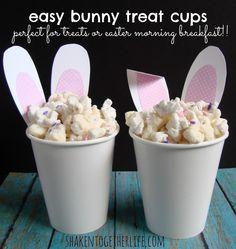 Easter Decor | Bunny treat cups, copos com orelhas de coelho para Páscoa