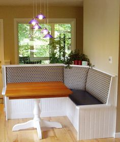 kitchen bench, nice corner and upholstery Home Decor Kitchen, Kitchen Nook, Home Fix, House, Home, New Homes, Dining Room Bench, Kitchen Benches, Kitchen Nook Bench