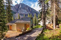 7 best the main lodge images banff lodge moraine lake banff rh pinterest ca