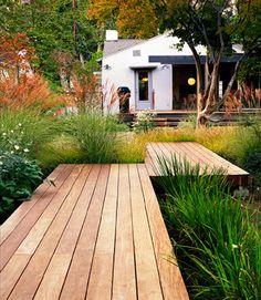 platform decks in backyard Back Gardens, Outdoor Gardens, Garden Paths, Garden Landscaping, Balcony Gardening, Landscaping Images, Rain Garden, Landscape Architecture, Landscape Design