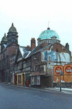 Photos of Wolverhampton - Flashbak England Football Captain, Wolverhampton, The Good Old Days, North West, Birmingham, Taj Mahal, United Kingdom, Places To Visit, Europe
