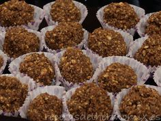 Bombones ferrero rocher caseros con Thermomix Ferrero Rocher, Dog Food Recipes, Breakfast, Cook, Magazine, Ideas, Truffles, Spoons, Homemade