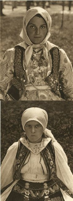 Mirifica Romanie in Alb Si Negru - 1933 Old Pictures, Old Photos, Tribal Dress, Gypsy Life, Wedding Costumes, Traditional Dresses, First World, Folk Art, Culture