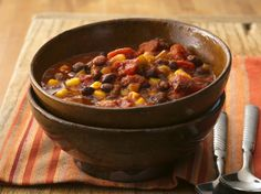 Cumin, chili powder and chiles add the heat to meatless chili featuring organic fire-roasted tomatoes, black beans and sweet corn.