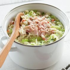 Stamppot - replace cabbage with sauerkraut and then add turkey for a healthier (and UC-friendly) meat option Enjoy Your Meal, I Want Food, Good Food, Yummy Food, Food Porn, Cooking Recipes, Healthy Recipes, Comfort Food, Happy Foods
