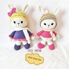 """167 Beğenme, 8 Yorum - Instagram'da AmigurumiÖrgü oyuncak (@zeze_worlds): """"Merhabaa tavşan kardeşler hatira pozu verdiler kargoya hazirlar Bu tatli küçük tavşanlardan sizde…"""""""