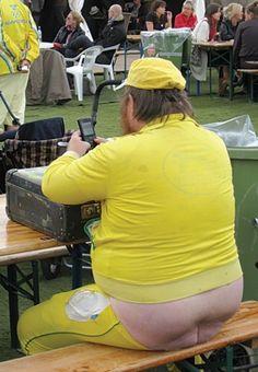 Yellow The Color Of Sunshine (FAIL)  ---- funny pictures hilarious jokes meme humor walmart fails