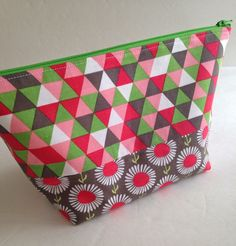 Amy Made That! ...by eamylove: New Open Wide Pouches from Noodlehead