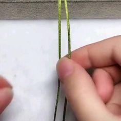diy videos Process of making beautiful bracelets - fun craft Rope Crafts, Diy Crafts Jewelry, Bracelet Crafts, Macrame Bracelets, Fun Crafts, Diy Bracelets Video, Bracelet Tutorial, Diy Crafts Videos, Diy Tutorial