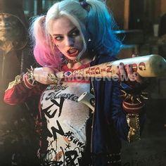 New unreleased stills of Margot as Harley Quinn. Harley Quinn Et Le Joker, Harley Quinn Drawing, Harley Quinn Halloween, Margot Robbie Harley Quinn, Harley Quinn Cosplay, Joker Cosplay, Harey Quinn, Margo Robbie, Bild Tattoos