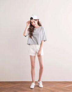 Korean fashion korean fashion tomboy, korean fashion shorts, korean s Korean Street Fashion, Korean Fashion Tomboy, Korean Fashion Shorts, Korean Fashion Winter, Korean Fashion Trends, Ulzzang Fashion, Korea Fashion, Kpop Fashion, Korean Outfits