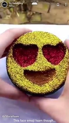 Relax and watch this noww Satisfying Pictures, Oddly Satisfying Videos, Satisfying Things, Slime Craft, Diy Slime, Slime Vids, Slime And Squishy, Soap Carving, Asmr Video