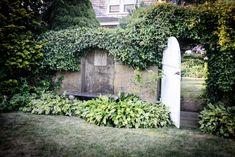 An Exterior Garden Gate Grey Gardens House, Gray Gardens, Hamptons House, The Hamptons, Outdoor Plants, Outdoor Spaces, Lily Pond, Garden Gates, Beautiful Homes