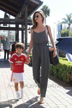 Miranda Kerr con su hijo Flynn