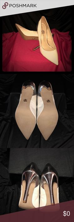 Rock & Republic Heels 👠 NWOB A few nicks but not very noticeable. The nicks are from sitting around. Beautiful Heels. Heel is 4.5 in Rock & Republic Shoes Heels