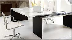 modern iroda, minimális design stílus Office Desk, Loft, Diy, Furniture, Home Decor, Desk Office, Decoration Home, Desk, Bricolage