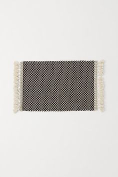 Jacquard-weave Bath Mat - Natural white/charcoal gray - Home All Grey Baths, Have A Lovely Weekend, White Charcoal, H&m Home, H&m Gifts, Music Gifts, Jacquard Weave, Bath Rugs, Tejidos