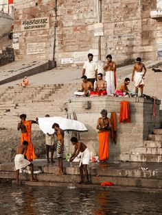 Life on the Ganges, Varanasi | Religious Tour India | Key word : Hot Tour india, Trip india, holiday package india, tourism india, tourist place india, know about indian culture
