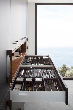 #CuisinisteLyon #Cuisiniste69 #ArchitecteIntérieurLyon #CuisineDesign #Kitchen #DecorateurLyon #DécoCuisine #Rénovation #CuisineNoirBois #CuisineNoir #CuisineBois