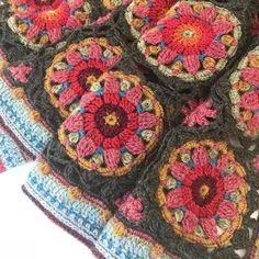 And here is a detail of the Summer Palace Wrap. Inspired by my visit to Tipu Sultan's Summer Palace in Mysore, India. from every kit… Loom Knitting, Knitting Stitches, Free Knitting, Knitting Patterns, Crochet Squares, Crochet Motif, Crochet Flowers, Knit Crochet, Tricot