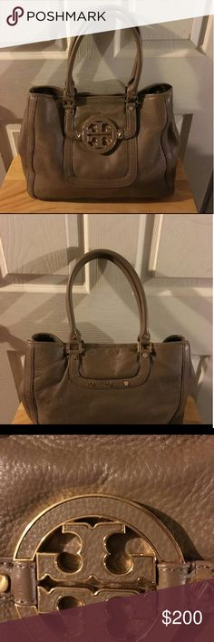 Tory burch Authentic Tory Burch. Beautiful brown color. Very good condition. No rips or major flaws. TV 250$ Tory Burch Bags