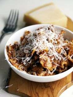 Ox cheek ragu, Alex Rushmore's recipe is definitely the one to try. Cook with patience and love and you will be rewarded. Slow Cooker Recipes, Gourmet Recipes, Beef Recipes, Cooking Recipes, Fun Recipes, Italian Recipes, Ox Cheek Recipes, Slow Cooked Beef Cheeks, Just Cooking
