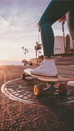 Quest Longboards is a top-selling longboard brand that is based in California, USA. We provide longboard skateboards that complement the leisure skaters' lifestyle!