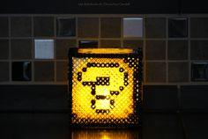Photophore Lucky Box Mario perles à repasser beads bougie Hama Mario, Diy Fleur, Diy Perler Beads, Table Lamp, Paper, Decor, Jar Candle, Hama Beads, Quirky Gifts