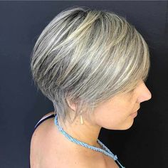 Medium, Beachy Waves with Ombre Highlights - 40 On-Trend Balayage Short Hair Looks - The Trending Hairstyle Short Hair Dos, Short Sassy Haircuts, Really Short Hair, Short Straight Hair, Girl Haircuts, Short Hair Styles, Retro Hairstyles, Hairstyles For Round Faces, Trending Hairstyles