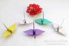 Cómo hacer grullas de origami y armar un móvil - Guía de MANUALIDADES Diy, Fruit, How To Make, Paper Ornaments, Patterns, Build Your Own, Bricolage, Do It Yourself, Diys